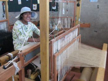 tisserande en action / weaver in action
