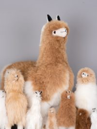 alpagas en fourrure / fur-trimmed alpaca plush toy